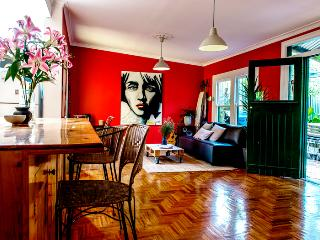 Artistic 3 BRM Inner City Home, Northcote