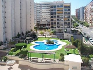 Modern apartment with swimming pool, Benidorm