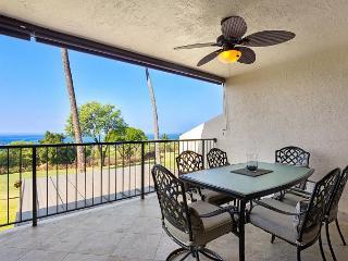 Great Golf Course and Ocean Views! Beautiful Island Home that Sleeps 6!, Kailua-Kona