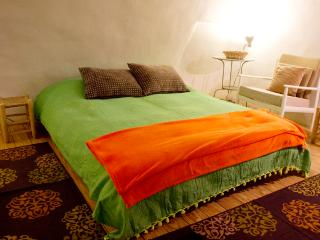 Superb Location Magas House:The Cellar - 5 Sleep, Jerusalem