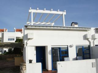 Casa Eduardo Beautiful House with Shared Pool, Ericeira
