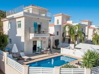 Oceanview Luxury Villa 045