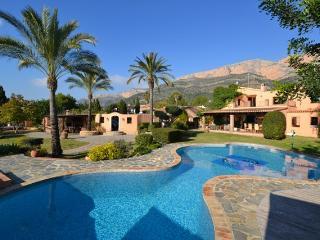 Luxury 7 bedroom villa Montgo, Javea