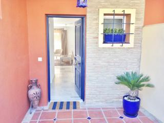 3 bed Townhouse in El Paraiso, Estepona