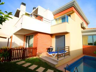 Garden Villa - Albufeira Holidays - Private Pool & Parking