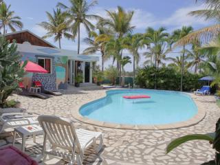 Villa avec piscine, jaccuizi et sauna, Saint-Louis
