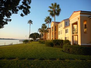 Direct Waterfront Condo on the Intracoastal, Hypoluxo