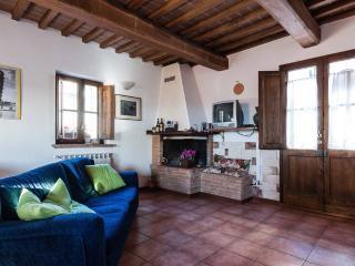 Appartamento in piccolo borgo Toscano, Palaia