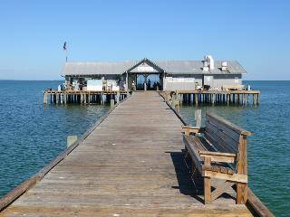 Island Delight, Holmes Beach
