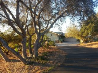 Quiet Oaks Bungalow, Arroyo Grande
