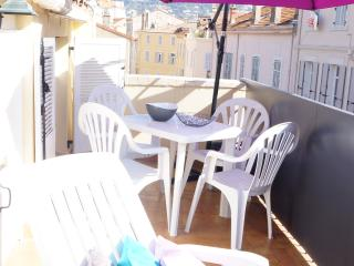Rue Meynadier-3 pièces avec terrasse (4 couchages), Cannes