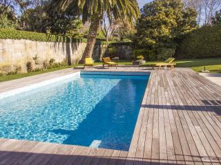 Liiiving in Porto | Oporto Garden Pool House