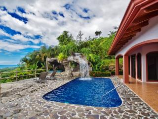 Gorgeous 3BR Ojochal House w/Wifi, Private Pool, Astounding Sunrises/Sunsets & Tropical Views of Mountains, Jungle & Pacific Ocean - Minutes to Beaches & World-Class Dining!