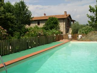 Casale Piantata Orte  Country cottage with pool