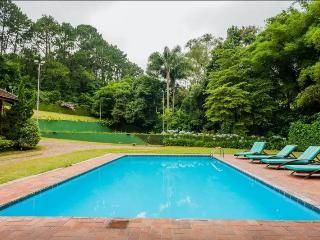 Villa in Granja Viana , 15 minutes from São Paulo