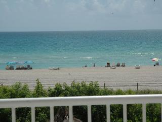Spectacular Condo in Miami Beach