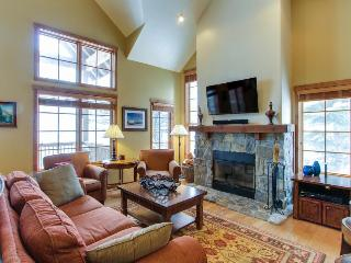 Ski-in/ski-out townhome with a private hot tub, patio & ski views - dogs OK!