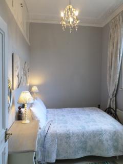 Double bedroom (View 2)