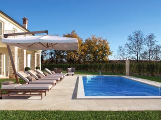 Villa Labinci, Kastelir
