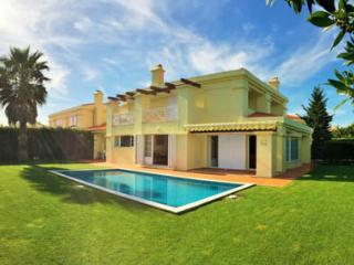 Casa Amarela, Linho