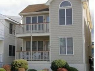 Beautiful 3BR condo ~ 1 Block to beach, Ocean City