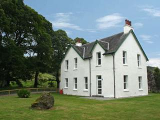 Innishewan Farmhouse Self-catering