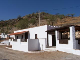 Casa Caballo - 5 minute walk to Andalucian village, Lubrín
