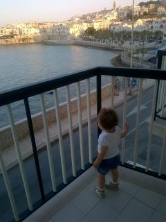 La vista incanta anche la nipotina...