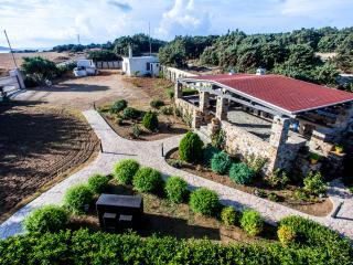 Villa Lux with free car, Kastraki