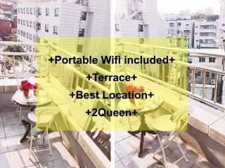 Terrace+Myeongdong+Center+Queen beds+3min stn+wifi, Seul