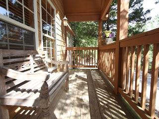 Lost Creek Lodge-4 bedroom, 4 Bathroom Cabin located at StoneBridger Resort!, Branson West