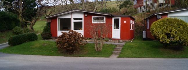 Chalet 3 Happy Valley, 2 Bedrooms , sleeps up to 4 persons