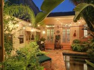 6 BR 4 BA Mansion in French Quarter with Pool, New Orleans