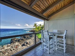 KKSR5303 DIRECT OCEANFRONT, TOP FLOOR W/LOFT, REMODELED, BREATHTAKING VIEW!, Kailua-Kona