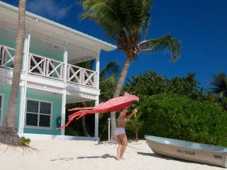 Neptune's Berth - A Little Cayman Escape