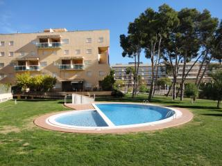 ApartBeach Golden Apartments,climatizado a 450 m de la playa, Salou