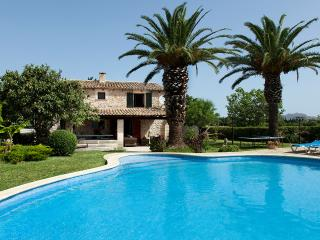 SPECIAL OFFER! Wonderful villa in Pollença