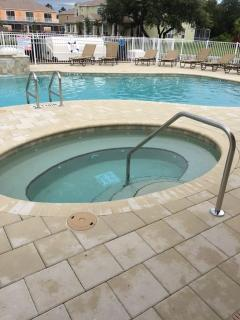 Deluxe Townhome, plus FREE pool heat!