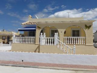 CAMPOSOL MURCIA DETATCHED VILLA - PETS WELCOME, Puerto de Mazarron