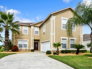 Hampton Lakes 7 Bedroom/5 Bath near Disney