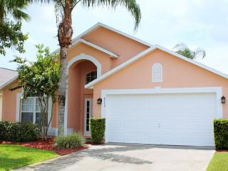 Sunny South Facing!!! Charming, Quiet, Relaxing, Kissimmee
