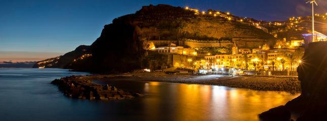 Marginal da Vila da Ponta do Sol (noite)