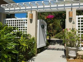 New to the rental market! Amazing sunsets, Cruz Bay