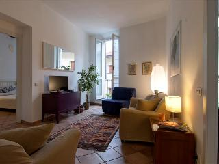 Quiet 2bdr in the heart of Milan