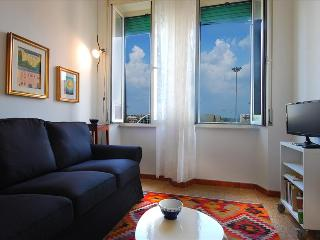 Bright 1bdr apt close to the metro, Roma