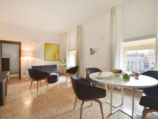 2bdr in the heart of Bologna, Bologne