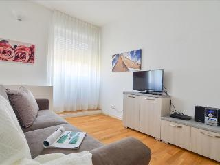 Lovely 1bdr close to the subway, Milán