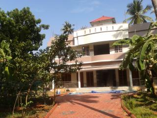 8 BHK fully furnished a. rtment for daily rent, Thiruvananthapuram