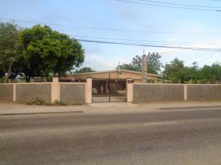 Yard Style - Jamaica