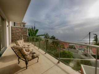 Villa MOUSA 5 STARS, Funchal